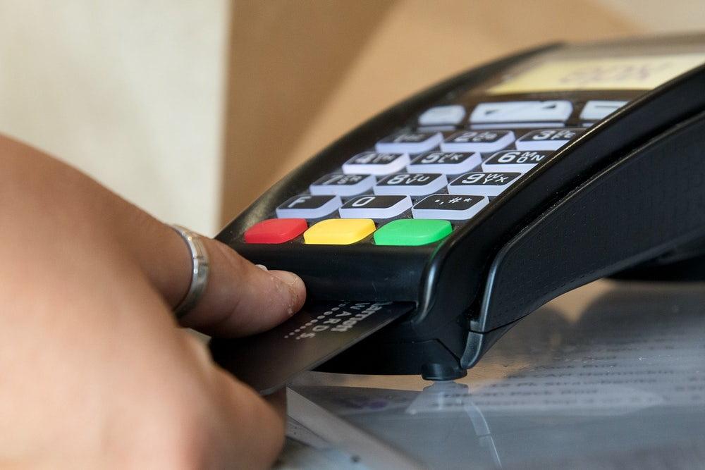Cartão de Crédito com o nome sujo